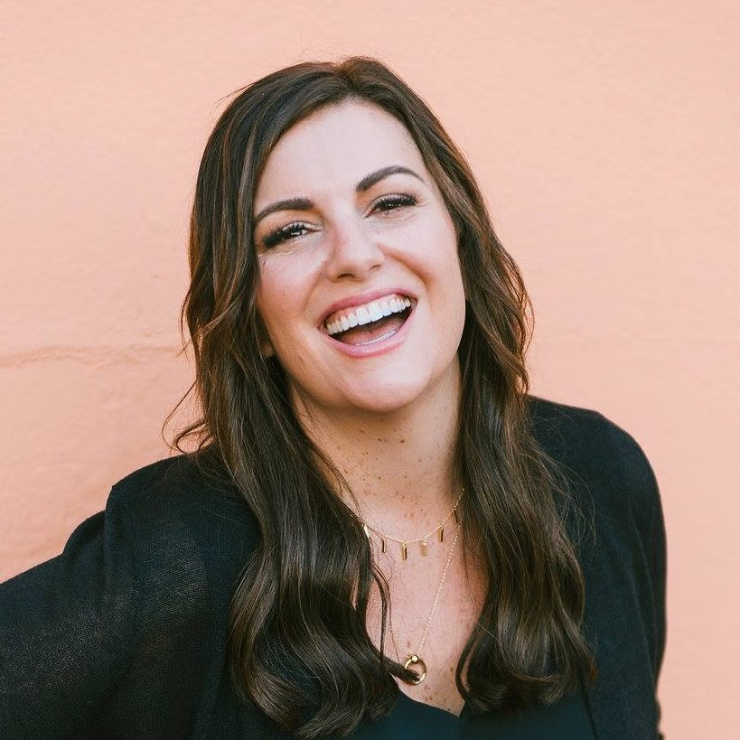 Amy Porterfield, Digital Course Academy Review: Is It Legit?